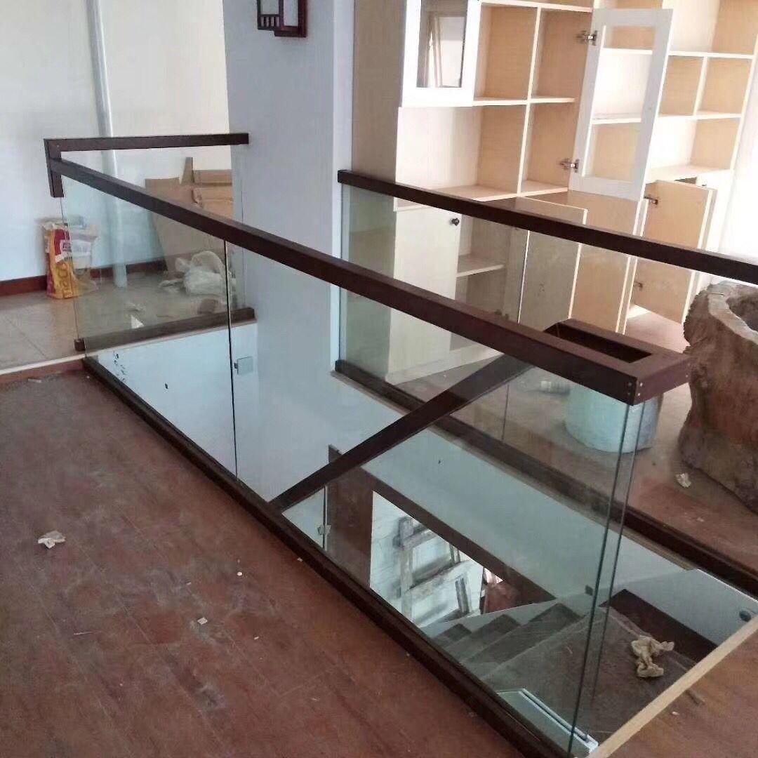 楼梯不锈钢弧形扶手