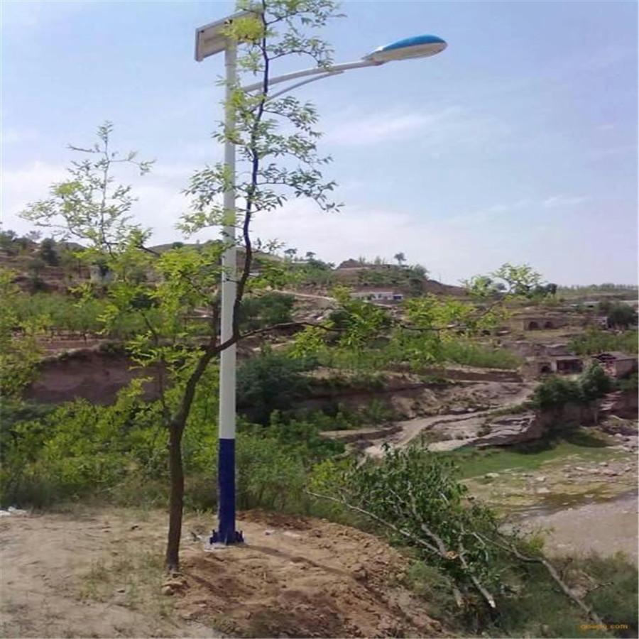中卫太阳能路灯电池在哪里,中卫太阳能路灯质保三年