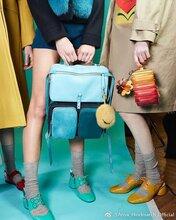 时尚女包品牌小而麦皮具包袋箱包配饰零钱包挂件加工批发