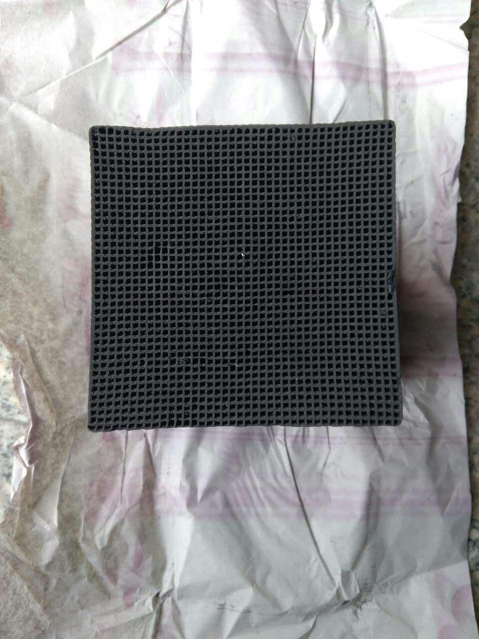 蜂窝活性炭泓凯净水专业供应蜂窝状活性炭