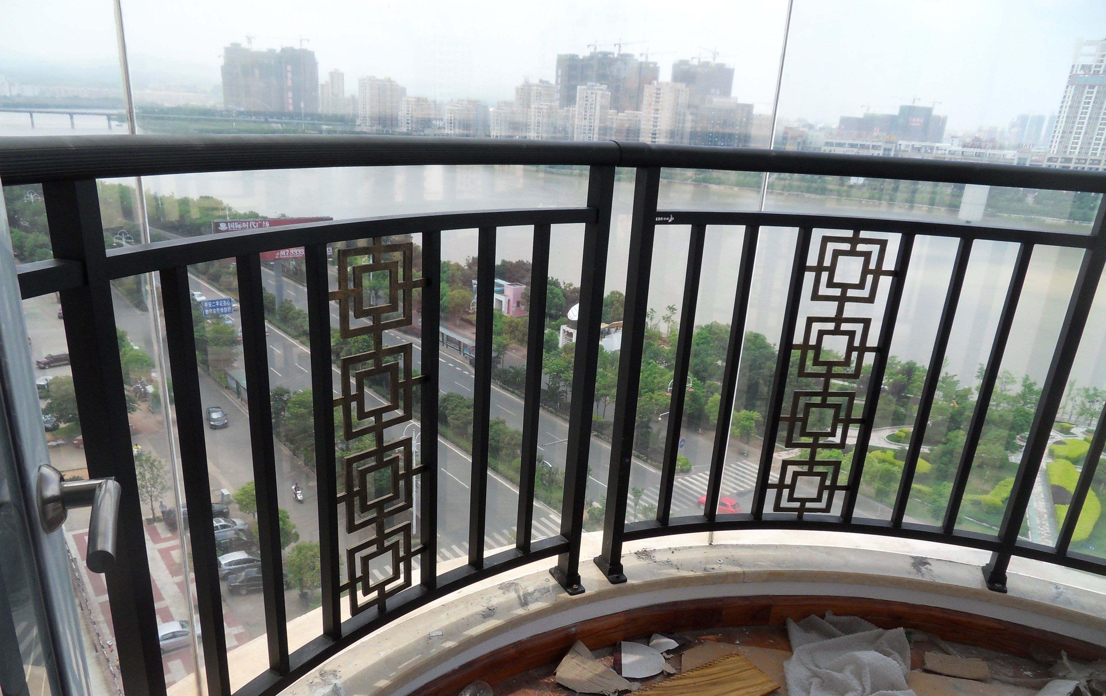 热镀锌钢阳台海景国际欧式室内铁艺护栏围栏窗户别墅飘窗扶手护栏花园别墅栏杆图片