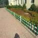 台湾高雄鼓山塑钢道路隔离栏木纹色草坪护栏