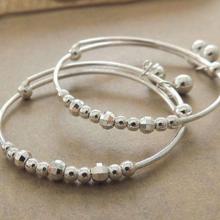 怎么处理银饰品出现的划痕?图片