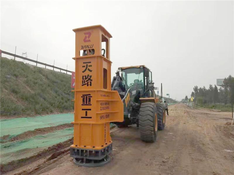 橋臺連接液壓夯-青海河南蒙古族自治液壓夯實機生產廠家自動化操作