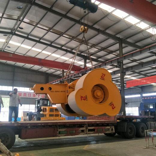廣州拖式沖擊壓路機生產廠家,五邊破碎壓路機