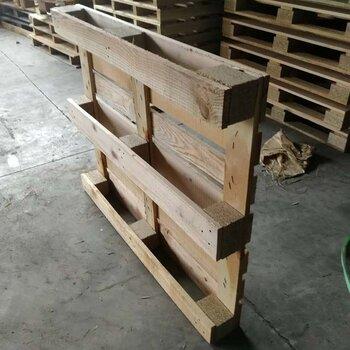 青島木托盤廠家定制圖片出口歐標熏蒸托盤標準尺寸