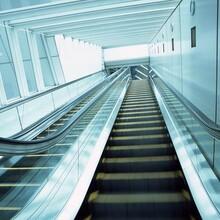 秀洲区电梯回收秀洲区专业踏步电梯回收图片