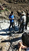 陜西漢中碎石頭代替挖機分石機器圖片
