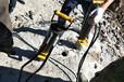 鉤機鉤不動機載巖石撐裂器遼寧大連低成本破石方案