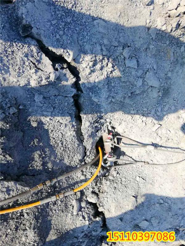 洛南县免除放炮开山的采石场机械