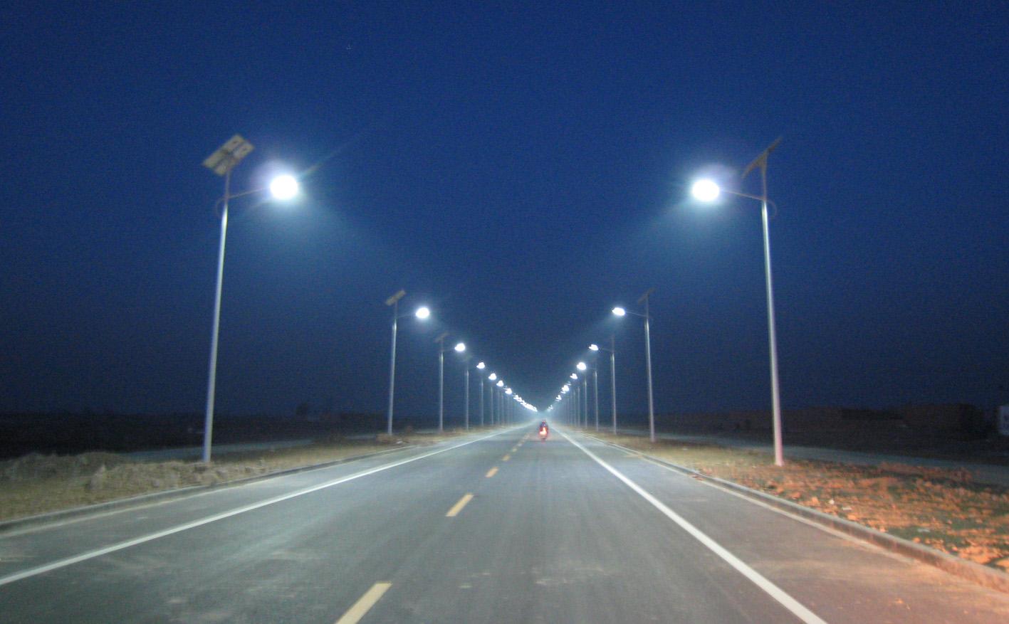 榆林全自动太阳能路灯