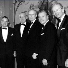 来自世界八大家族之一的美国洛克菲勒国际拍卖有限公司