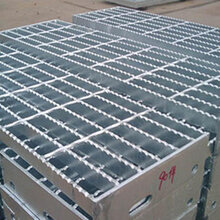 工厂空气能平台钢格板A天镇县工厂空气能平台钢格板A工厂空气能平台钢格板厂家图片