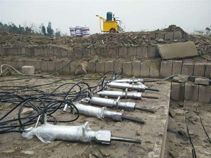 鞍山:采石场工程 可有好一点的开采设备?劈裂机怎么样?热点资讯