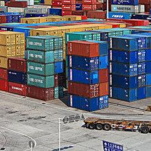 冷鲜产品冷冻柜专业拖车运输公司