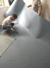 广州塑胶地板_自己工厂生产成本价22-55元1平方出货图片
