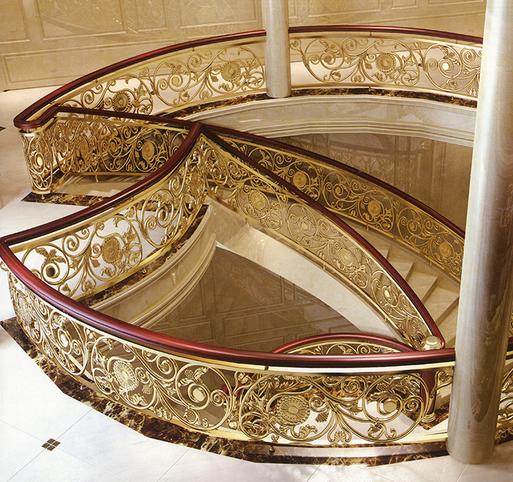 高端大气别墅楼梯装饰铝艺雕刻镂空K金护栏