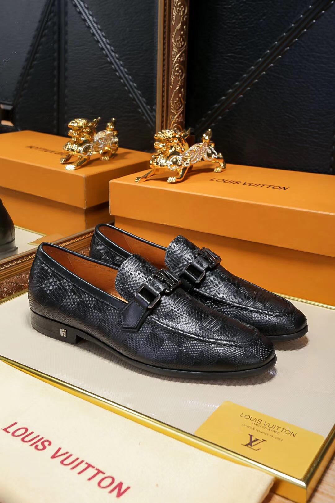 给大家说说巴黎世家鞋不为人知的,给大家普及一下吧