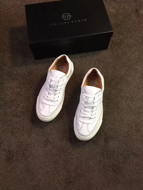 给大家科普一下高仿复刻菲拉格慕鞋,最便宜需要多少钱