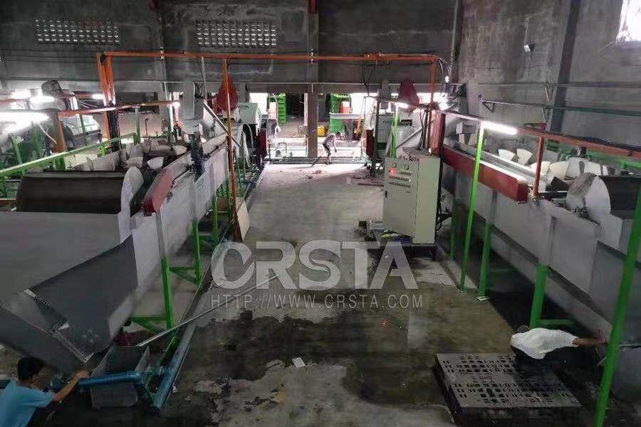 供应厂家直销HDPE-PP机油桶破碎清洗造粒加工生产线