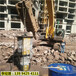 青海格尔木市混凝土桥梁及房屋拆除效果视频