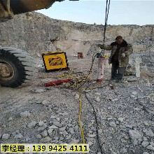 广州增城采石场分裂坚硬岩石破裂设备代替火工品图片