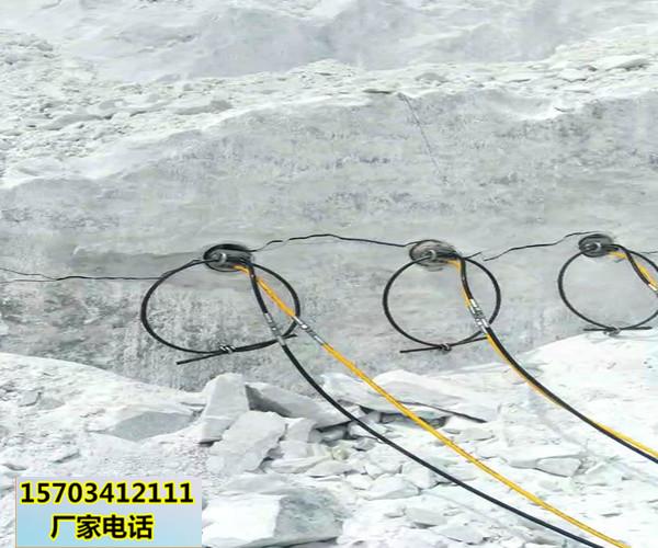 巫溪房地产坑基开挖分裂破碎岩石机器-免爆大方量