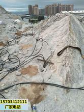 鄭州劈裂棒開采石頭效果怎么樣圖片