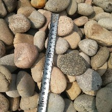 晋中昔阳县鹅卵石钢厂鹅卵石净水处理鹅卵石垫层用途图片