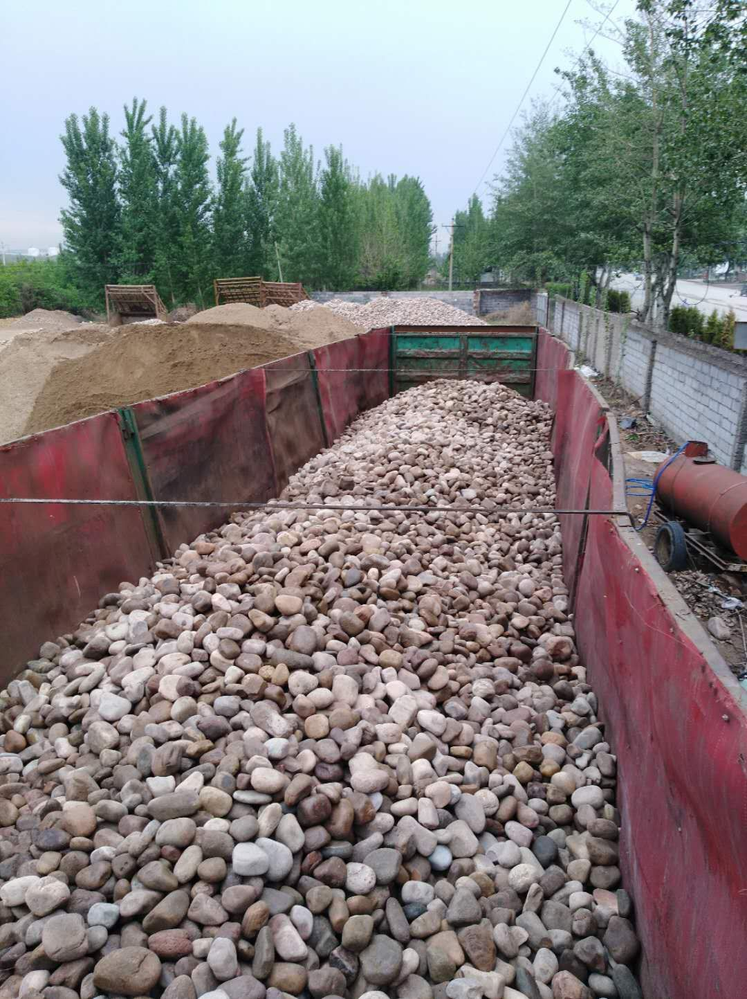 黄山黟县天然鹅卵石鹅卵石虑料粒径规格天然鹅卵石用途