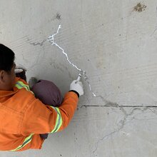 景谷傣族彝族自治裂缝修补灌封胶材料直销图片