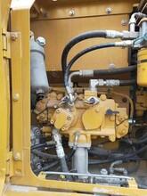 樂至縣卡特挖掘機維修分配閥咨詢電話—瀘州市合江縣圖片