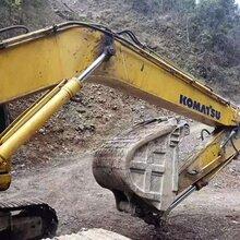 竹山县利勃海尔R916挖掘机分配阀维修技术快修-伽师县