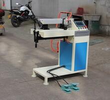 直縫機焊接設備,自動焊接設備,鋁板焊接設備圖片