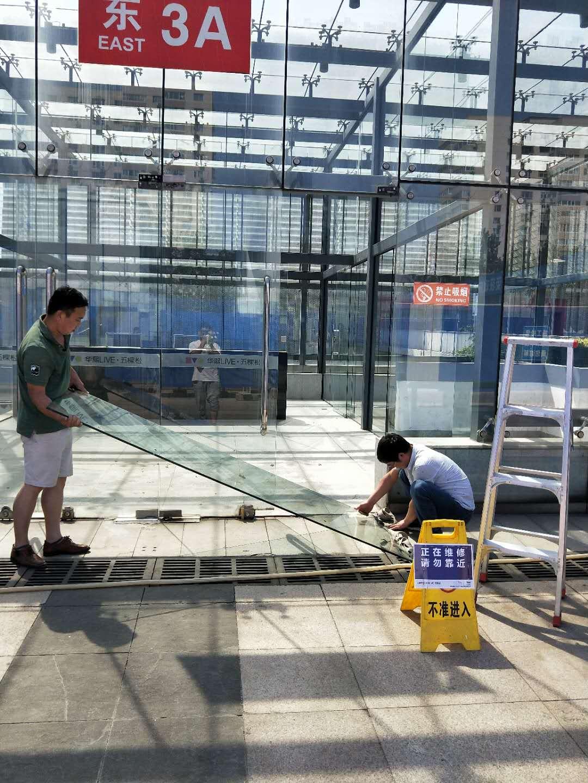 超过10米的钢结构雨棚玻璃幕墙是否要与主体防雷连接??_360问答