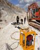 成都蒲江井桩施工岩石不能爆破用什么设备最高效