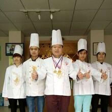 去哪里有石锅拌饭学?#24052;?#29255;