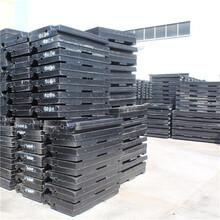 天津铁路道口用P50铺面板铁路橡胶道口板图片