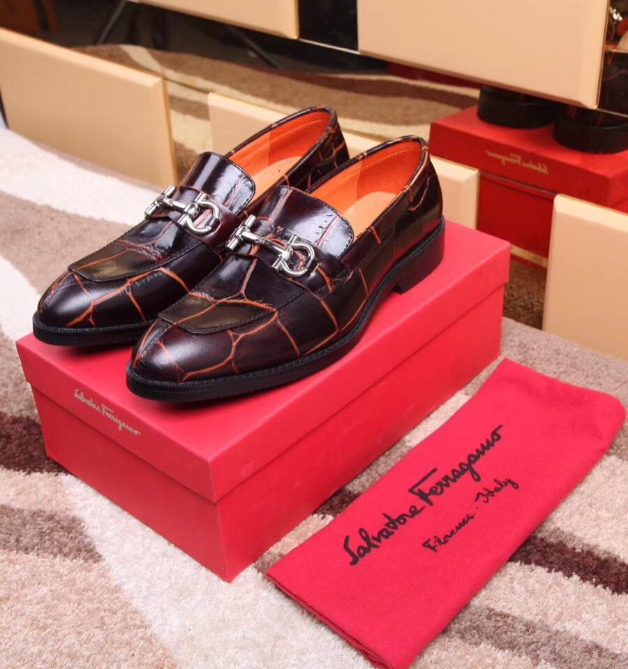 跟你们透露下gucci小蜜蜂鞋,一双要多少钱左右?