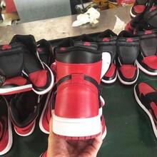 明白讲下广州精仿新款巴黎世家袜子鞋,仿的很真的多少钱图片