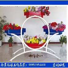四体合一---铁艺花架广场景观大型雕塑组合花盆防腐木PVC花箱图片