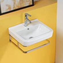 掛墻式洗手盆陶瓷衛浴單孔一體式洗手盆洗臉盆圖片