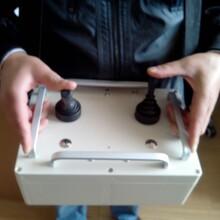 定制无线操作按钮盒、无线操众杆遥控盒。