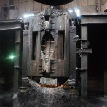 扬州中频炉回收废旧中频炉专业拆除回收图片
