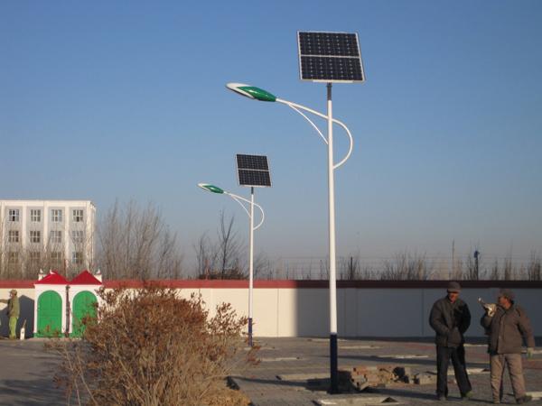 延平区一套太阳能路灯价格太阳能路灯电池装在哪里