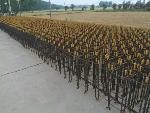 榆树市6米太阳能路灯价格12V的太阳能路灯耐用