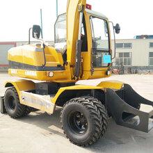 新疆喀什轮式挖掘机抓木机厂家图片