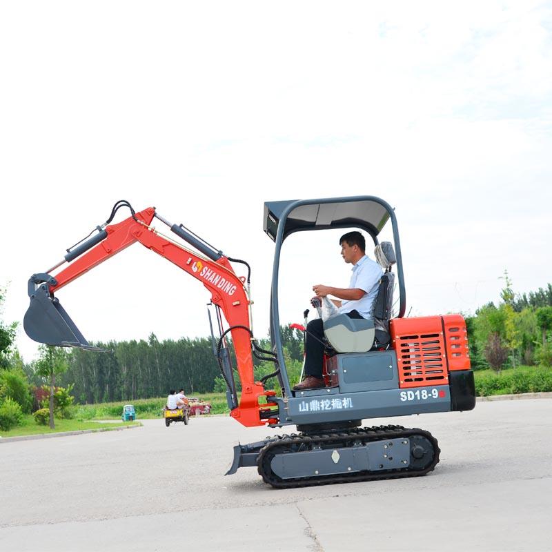 新款火爆热销小型履带挖掘机360度旋转的小型挖土机价格