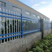 生产护栏草坪道路基坑移动阳台锌钢护栏铁艺围栏铁艺护栏图片