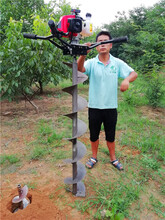 单人可操作小型掏桩芯机器可连接长螺旋钻杆出土速度快图片